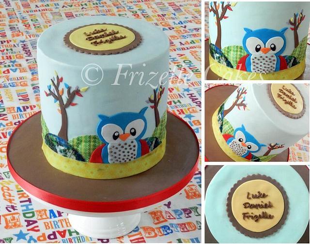 Double barrelled owl cake