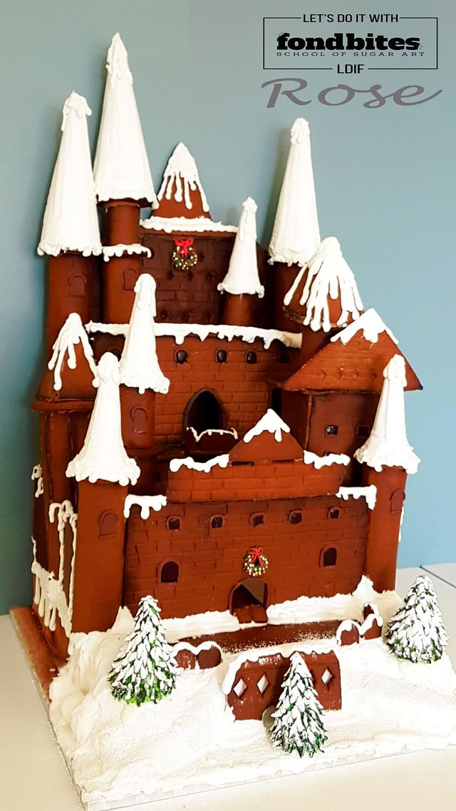 La Casa (Gingerbread Castle)