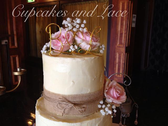 Messy ganache wedding cake