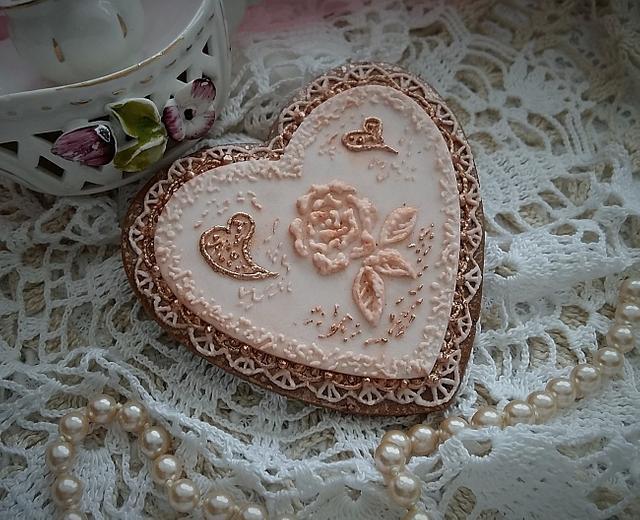 Heart gingerbread
