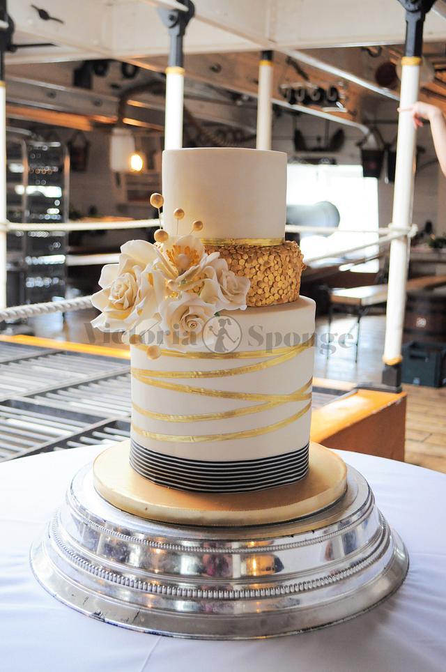 Admiral Cake
