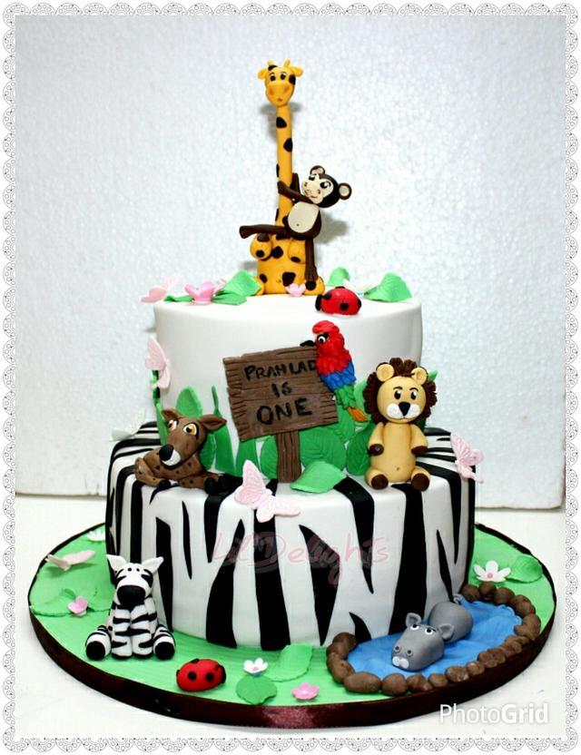 Jungle Animals theme cake !