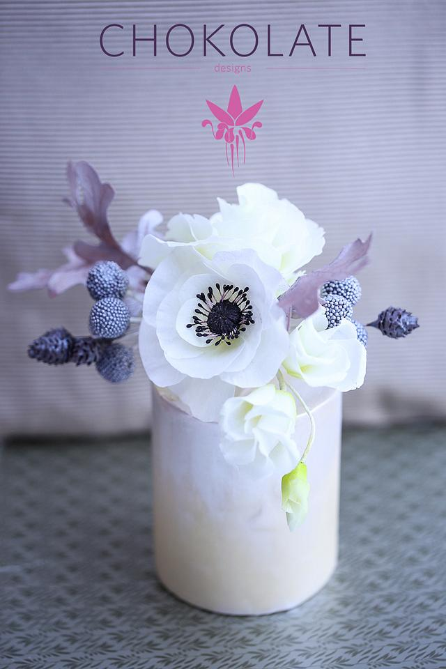 Wafer Paper Flowers: Winter bouquet