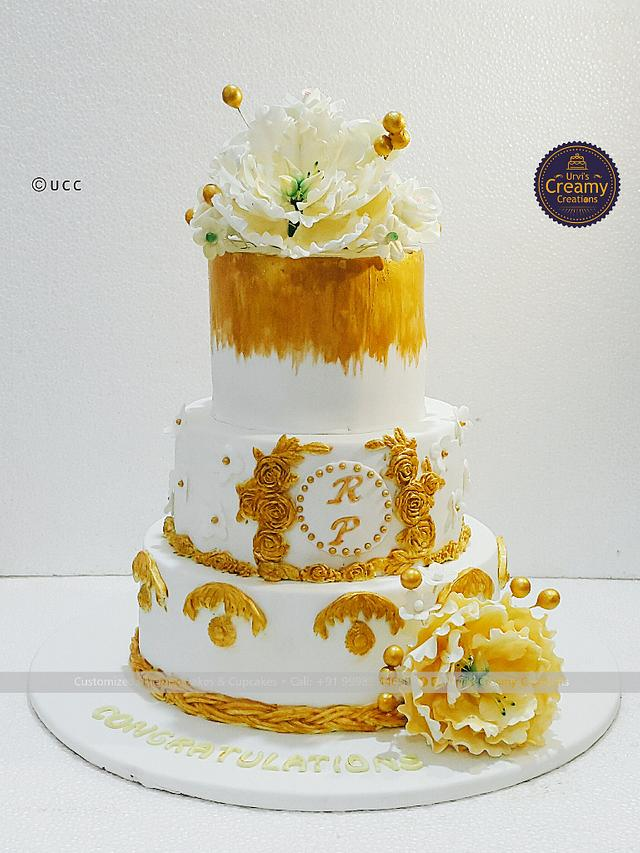Golden glittered wedding cake