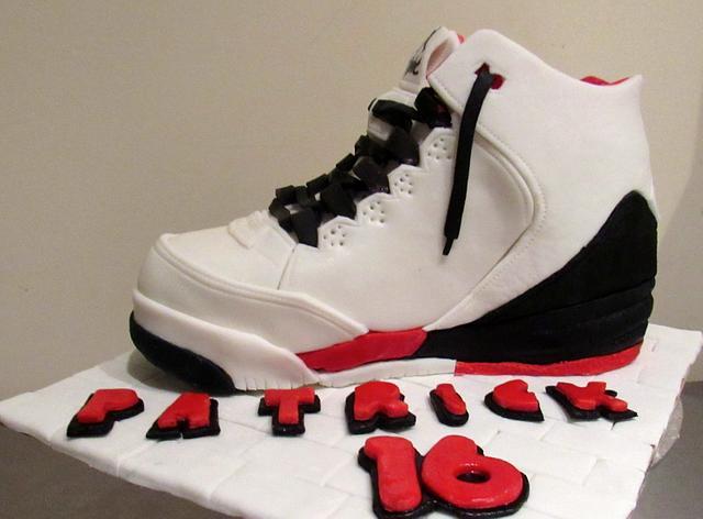 TENNIS CAKE PATRICK
