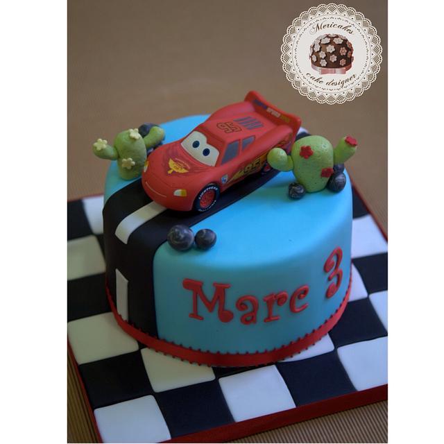 Lightning McQueen cake by Mericakes