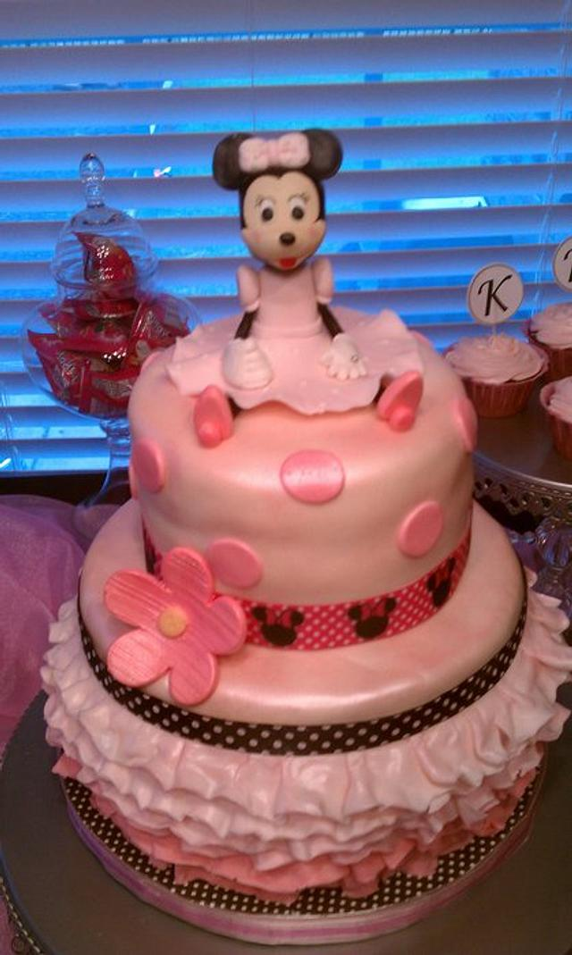 Minnie Mouse Ruffled Cake
