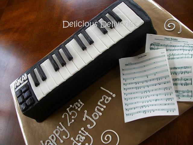 Musical Keyboard Cake