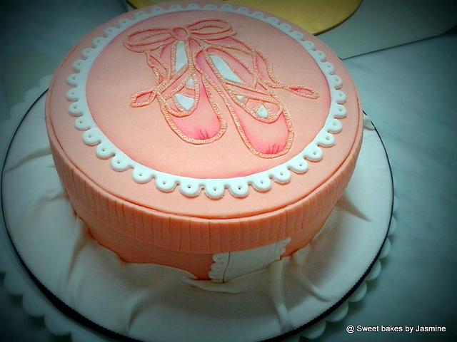 Peachy Ballerina cake