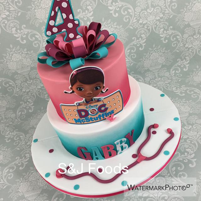 Peachy Dr Mcstuffin Cake Cake By S J Foods Cakesdecor Funny Birthday Cards Online Eattedamsfinfo
