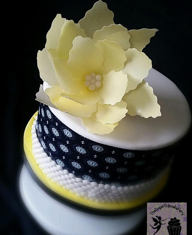 Sunshine Rice Paper Flower Cake