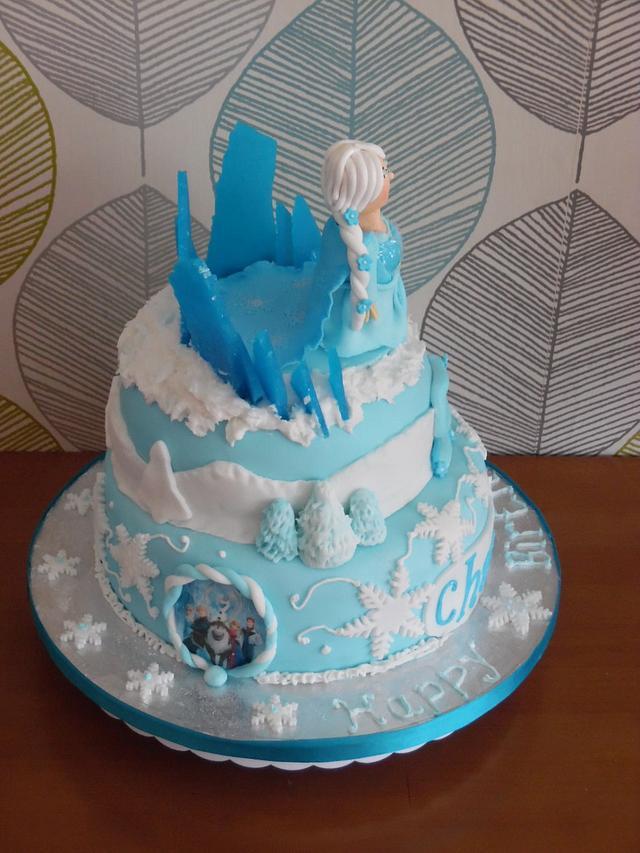 Elsa Frozen Wintery cake