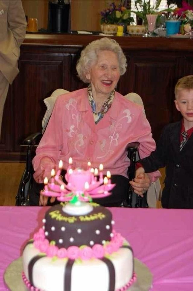 Cake for our Dear Grandma