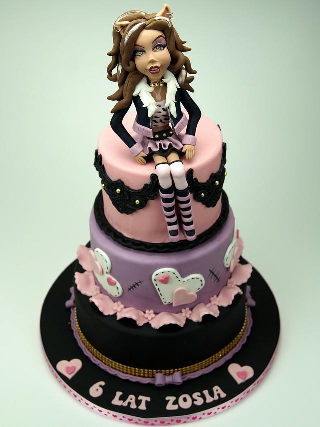Clawdeen Wolf Monster High Cake