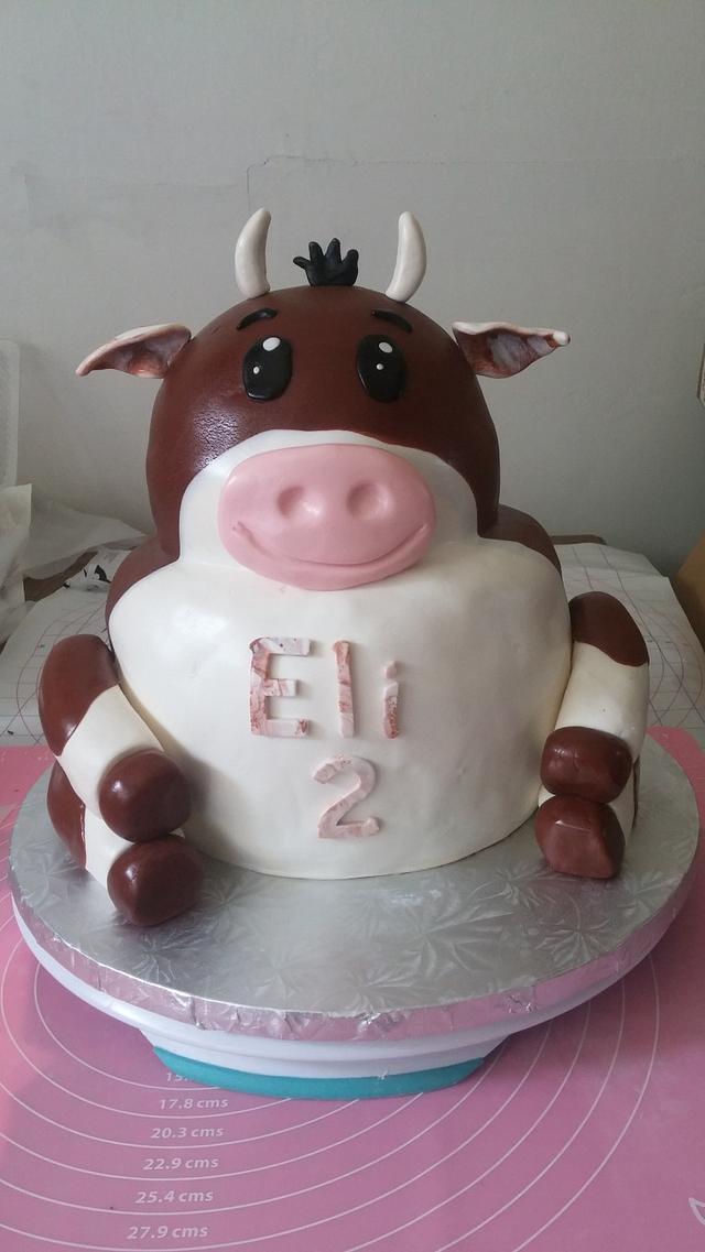 Swell Elis Heifer Cow Birthday Cake By M1Bame Cakesdecor Birthday Cards Printable Riciscafe Filternl