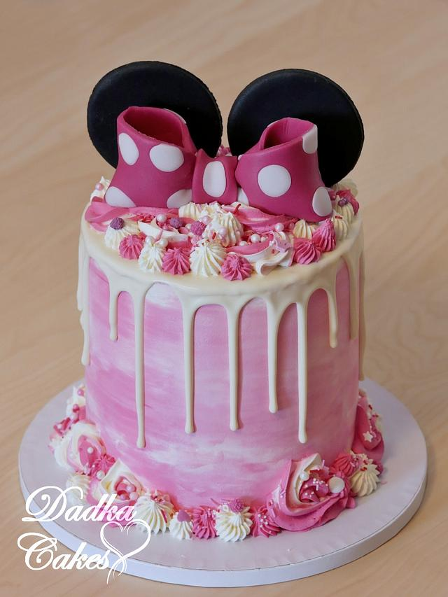 Magnificent Minnie Mouse Buttercream Cake Cake By Dadka Cakes Cakesdecor Personalised Birthday Cards Veneteletsinfo