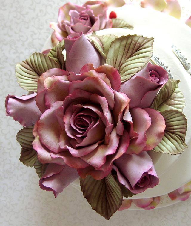 Roses cake topper.