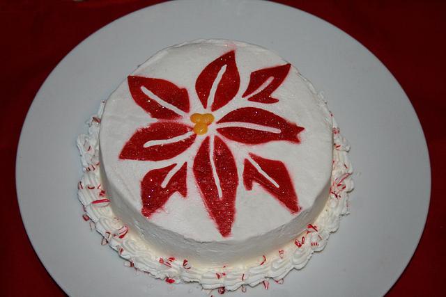 Pointsettia Holiday cake