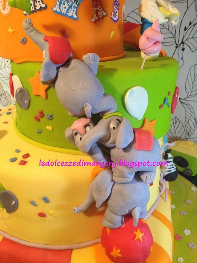 dumbo jumbo cake