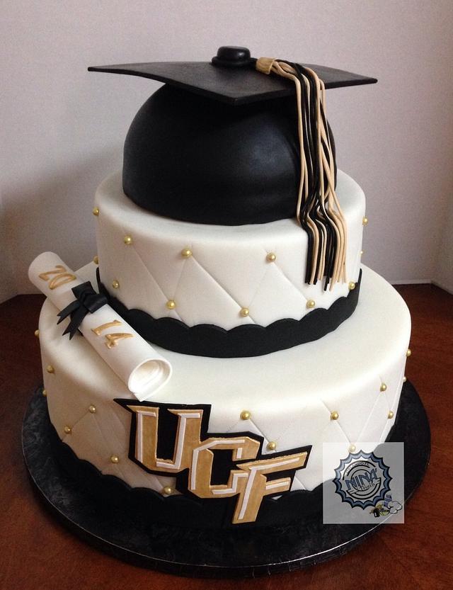 2 Tiered College Graduation Cake
