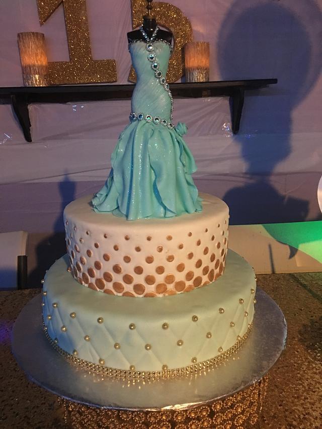 Quinceaneara Cake - Sweet Fifteen