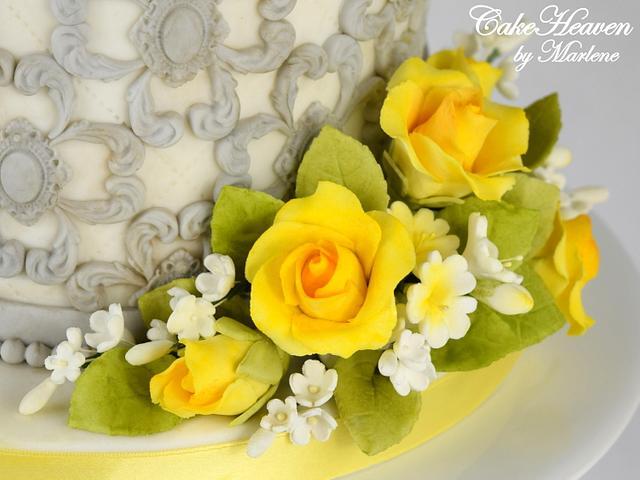 Yellow Roses Wedding Anniversary Cake