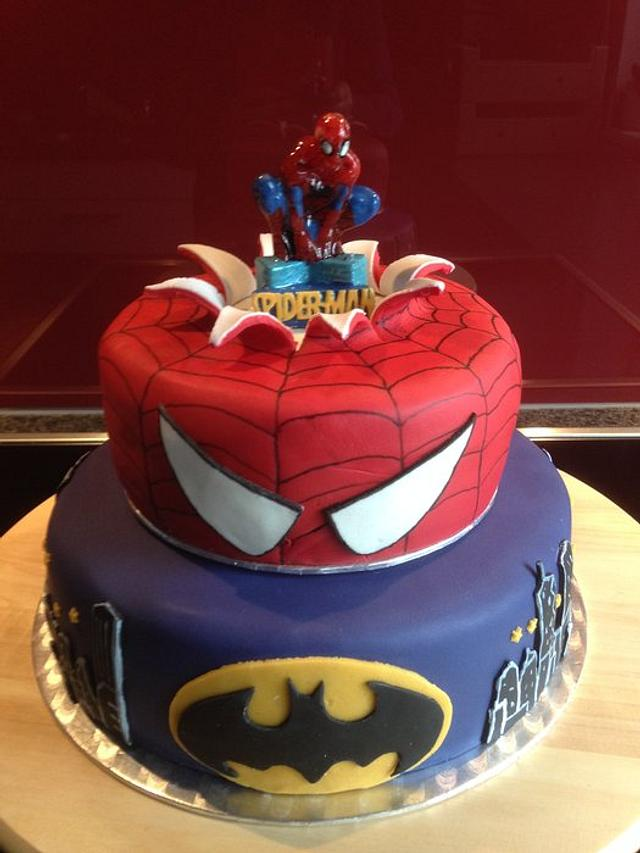 Spiderman-Batman-Cake