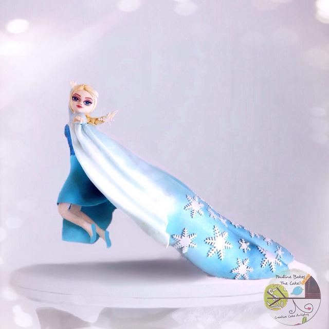 3D Gravity Defying Elsa Cake!