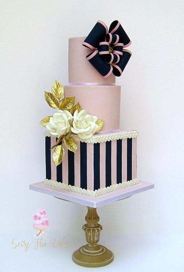 Elegant Bow Cake