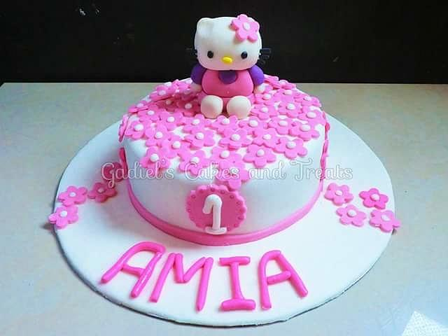 Excellent Hello Kitty Cake For A First Birthday Cake By Michelle Cakesdecor Funny Birthday Cards Online Inifodamsfinfo