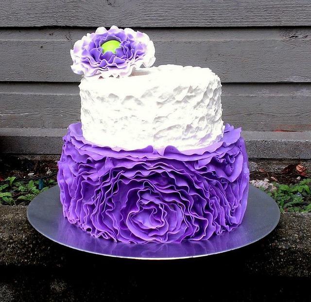 purple ruffle roses - cake by cheeky monkey cakes - CakesDecor