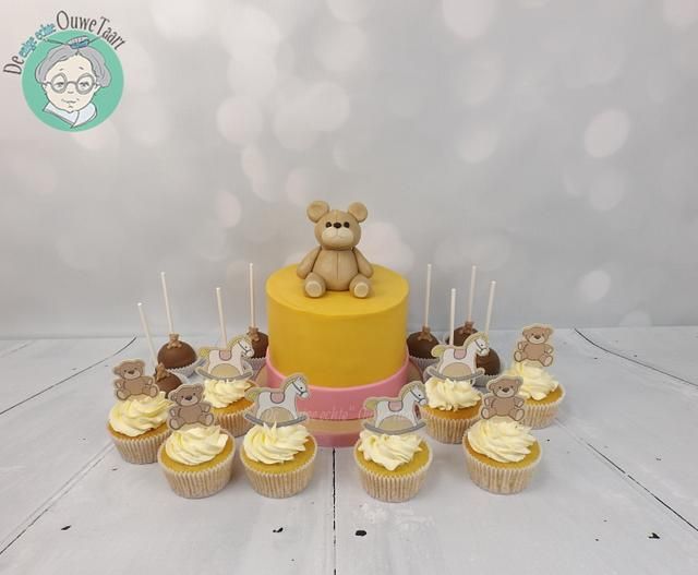 babyshower cake, cupcakes and cakepops