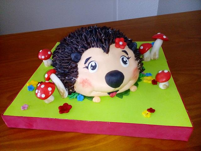 HEDGEHOG CAKE 3D