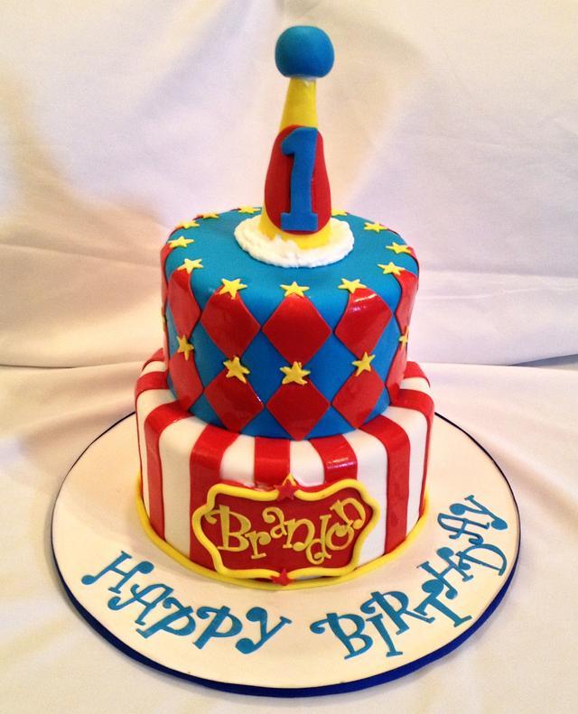 Circus fun times: Birthday Cake