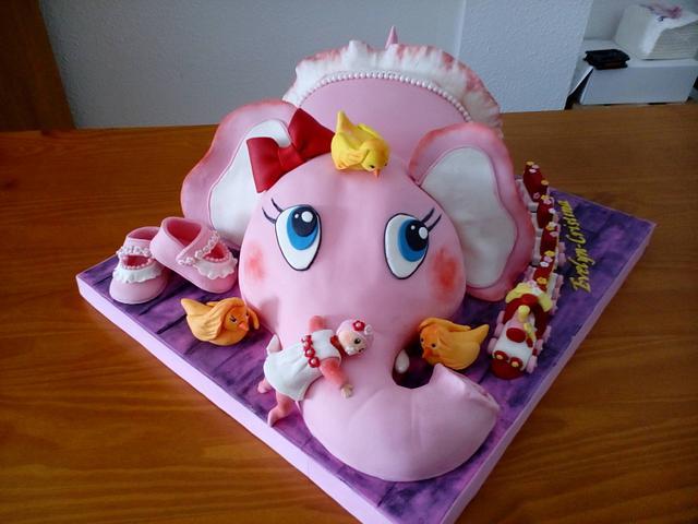 ELEPHANT CAKE FOR A BAPTISM
