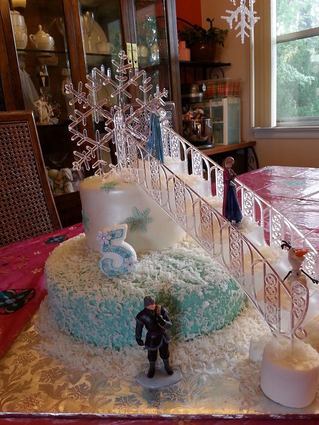 Let it go, Let it Snow! Frozen cake