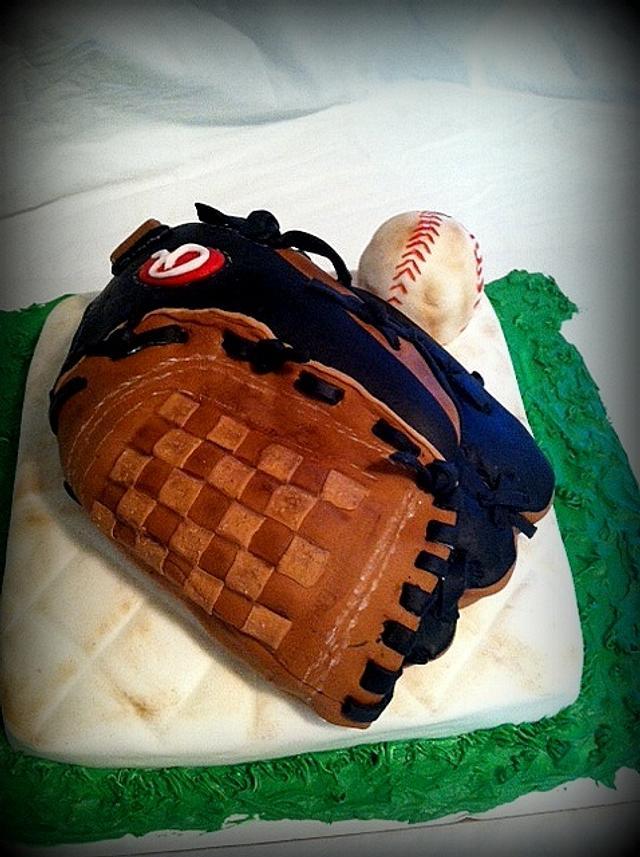 Sensational Baseball Themed Cake Cake By Angel Rushing Cakesdecor Funny Birthday Cards Online Necthendildamsfinfo