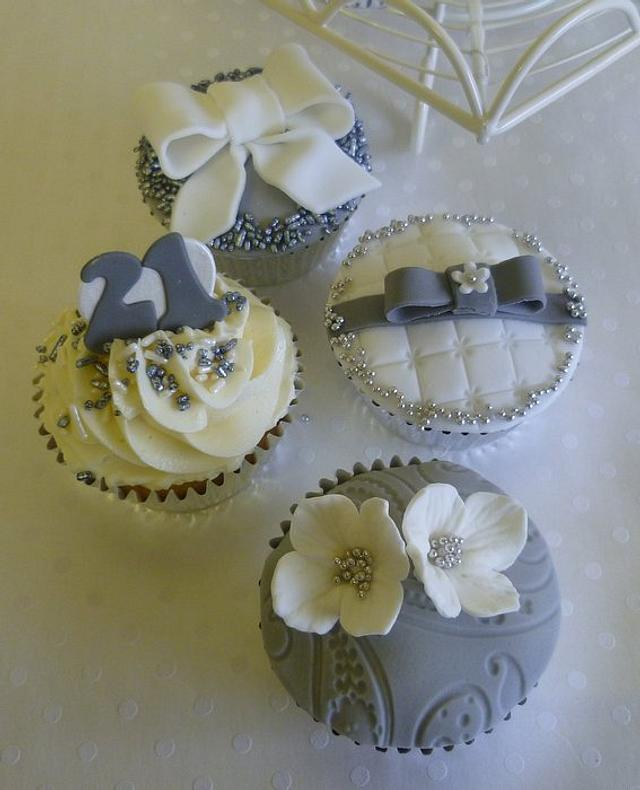 Cool 21St Birthday Cupcakes Cake By Marcia Campbell Cakesdecor Personalised Birthday Cards Veneteletsinfo