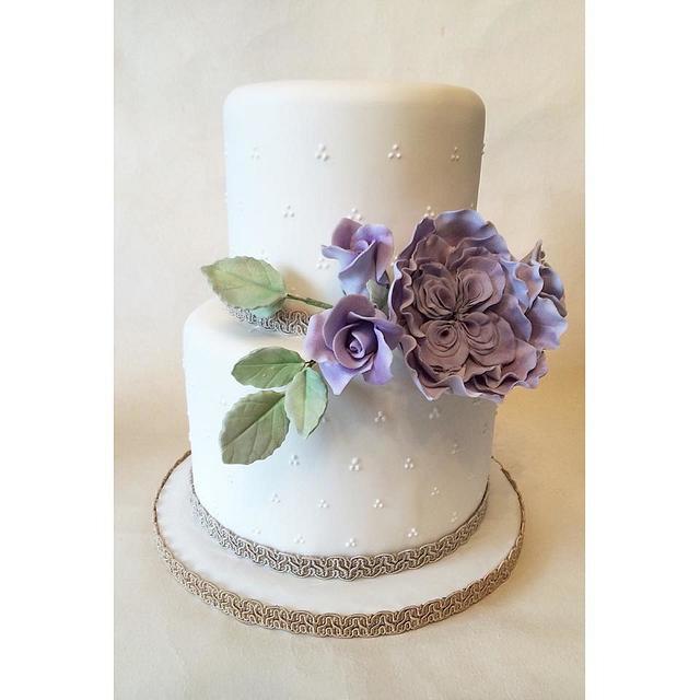 Small but sweet wedding cake!
