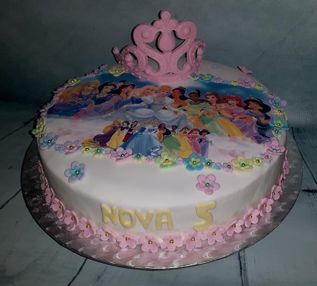 Disney Princess cake.