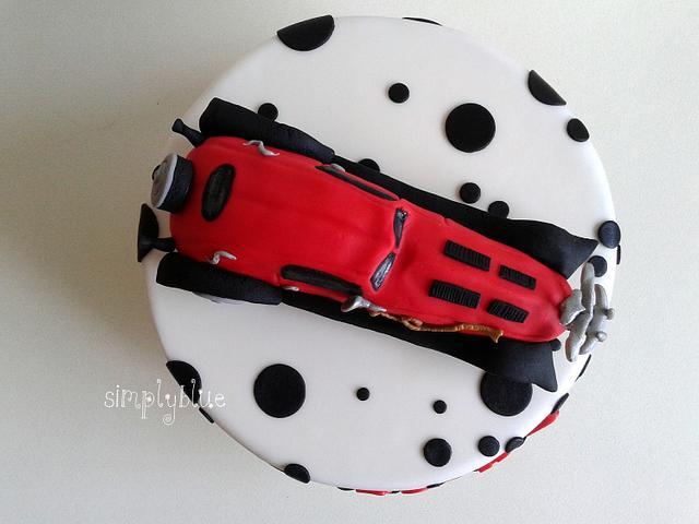 car Cruella de Vil cake
