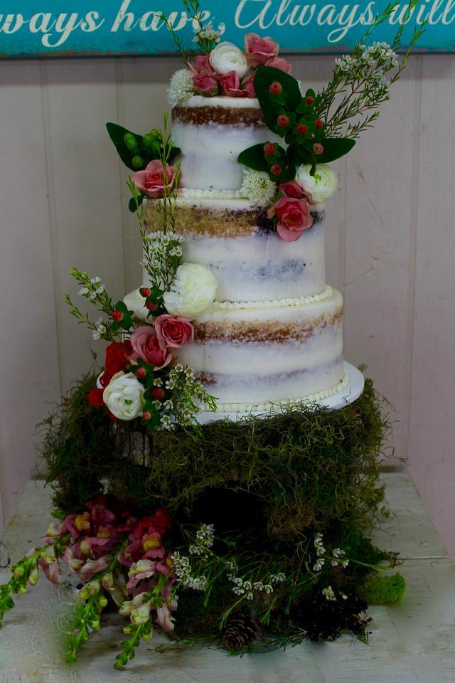 Pin by Kaili on Kailis sweet 16   Wedding cake rustic
