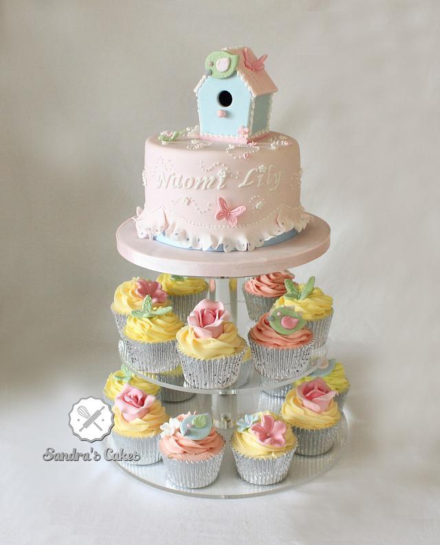 Birdhouse baby cake