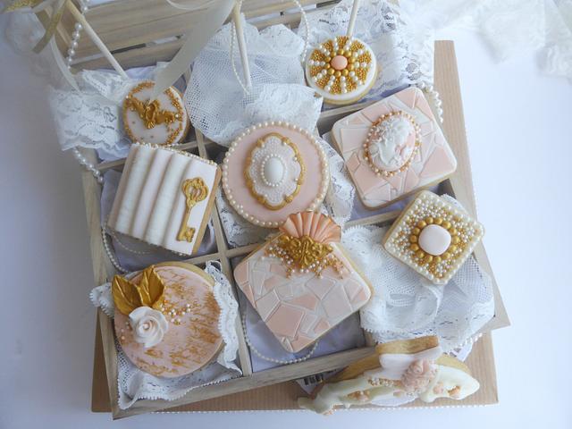 Gold Award Winning Wedding Cookies ~ Cake International London 14