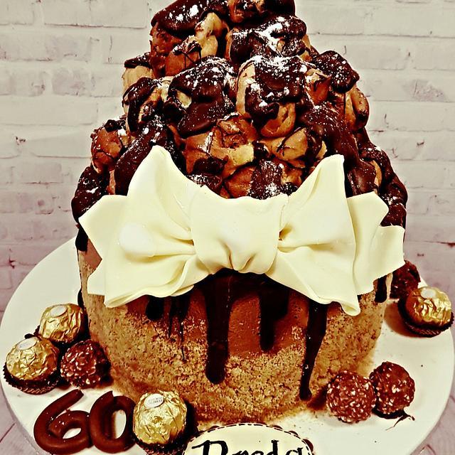 Profiterole chocolate drip cake