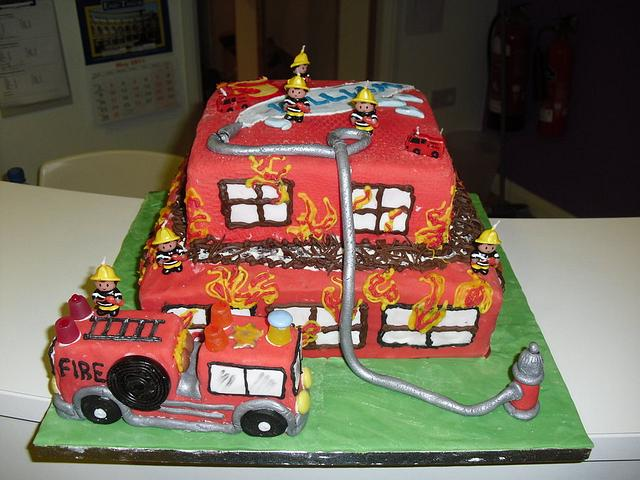 Fantastic Firefighters Birthday Cake Cake By Aylin Cakesdecor Funny Birthday Cards Online Inifofree Goldxyz