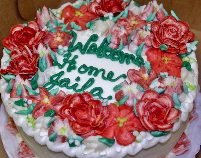 Shades of Red buttercream floral cake