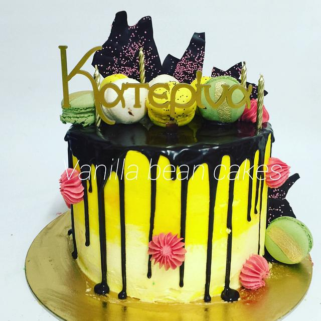 Dripping cake