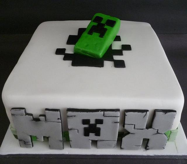 Phenomenal Minecraft Creeper Cake By Essentially Cakes Cakesdecor Personalised Birthday Cards Paralily Jamesorg