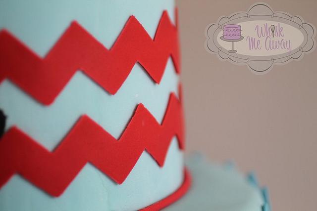 Chevron & Mustache cake
